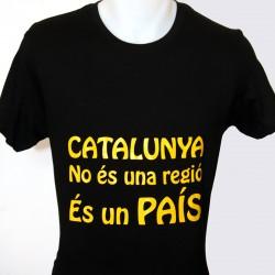 """T-shirt """" Catalunya no és..."""